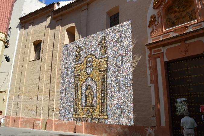 """Foto para la campaña """"Un selfie por la capilla"""". Capilla San José de Sevilla. Sevilla Turismo, Sevilla Mayo. Barroco. Restauración."""